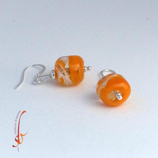Boucles d'oreilles en perle de verre et argents massif