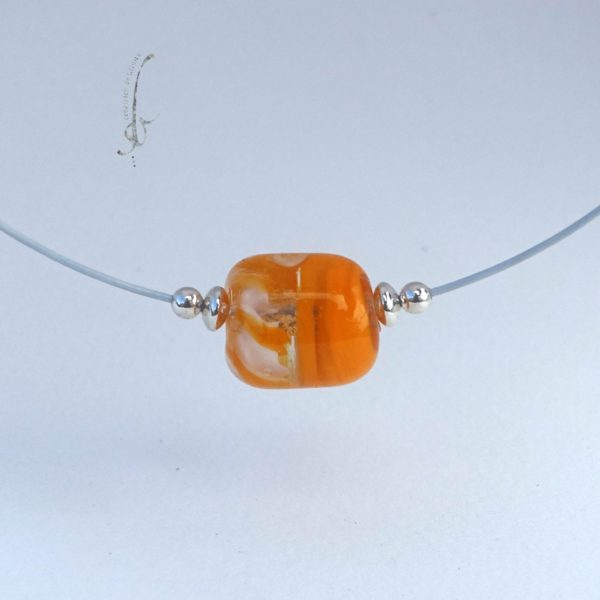 Collier perle de verre orange et blanc